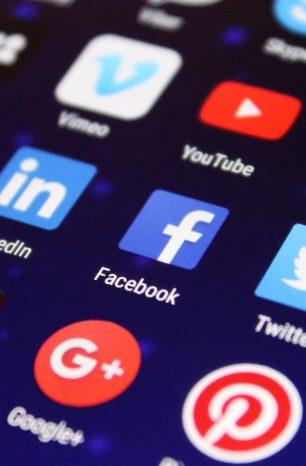Így látják a gyerekek az internetet és a saját online szokásaikat